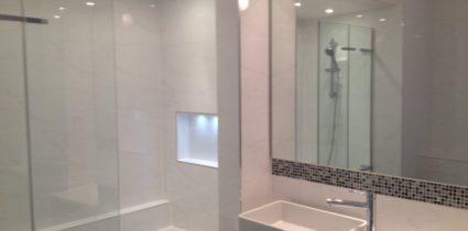 Cararra Bathroom 2